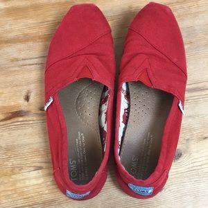 Red Women's Toms